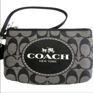 Coach Signature Horse & Carriage Wristlet